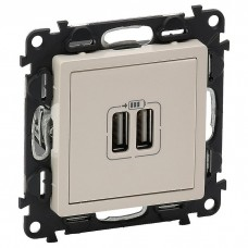 Valena Life Механизм розетки USB 2-м  240В/5В 1500мА с лицевой панелью сл. кость  753512